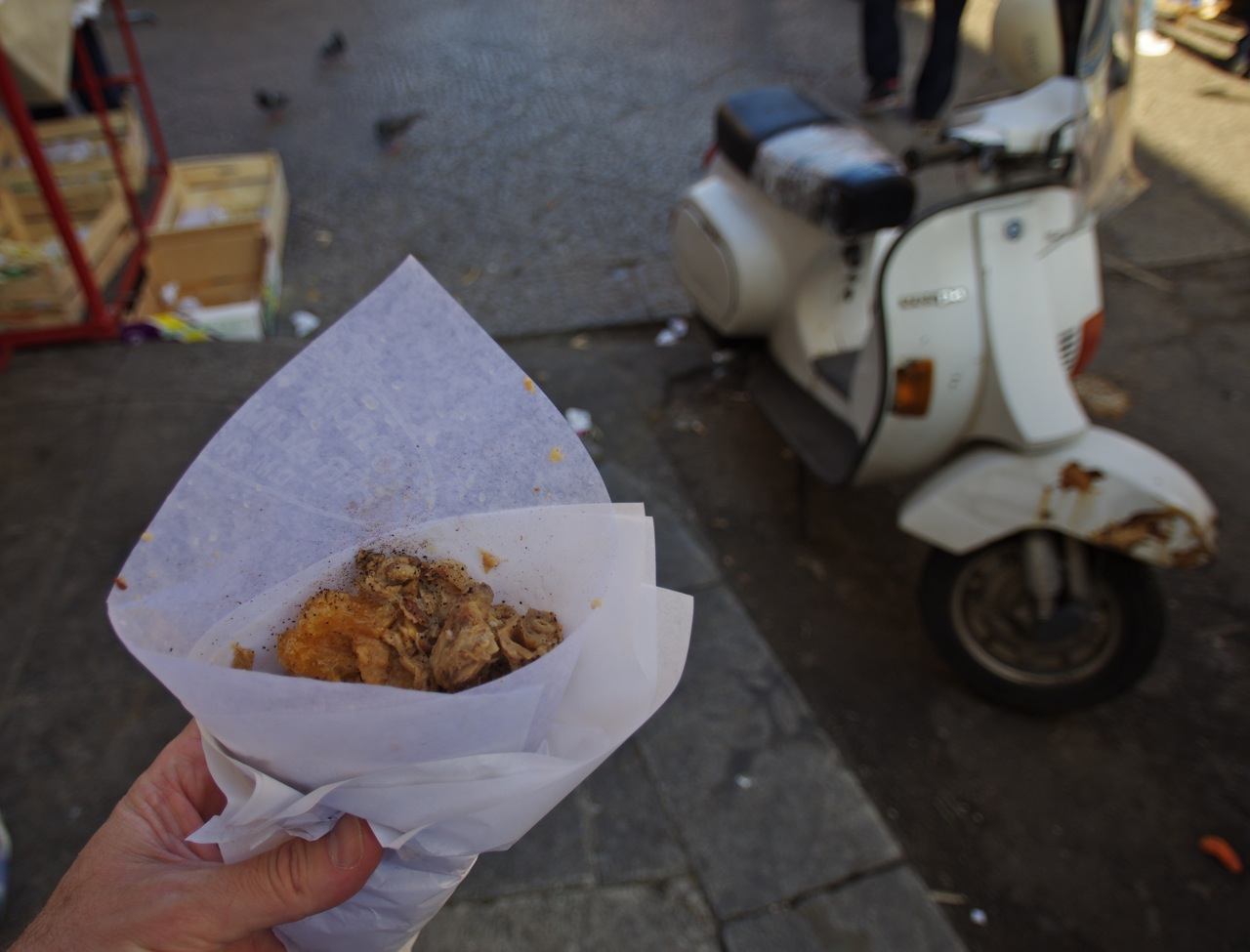 Frittola & Vespa in Ballaro market Palermo by Stephen Woolverton - Own work. Licensed under  Creative Commons Attribution-Share Alike 3.0 via Wikimedia Commons